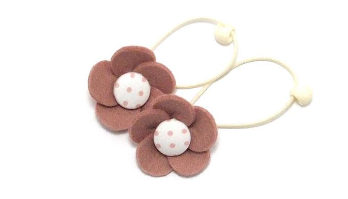 簡単・フエルトの花びらで作るヘアゴム