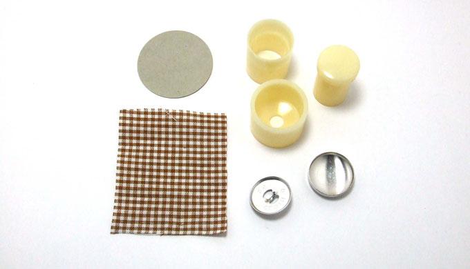 くるみボタンの作り方・2(打ち込むタイプ)