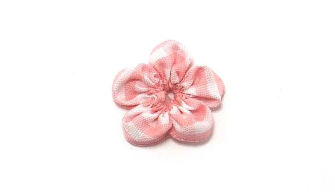 リボンの小さなお花